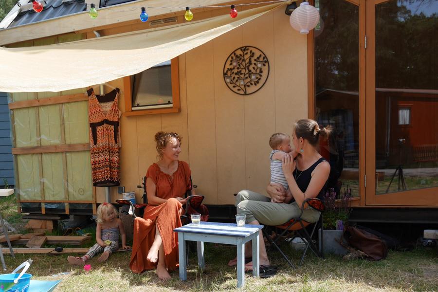 Vlog: kun je met een gezin in een tiny house wonen?